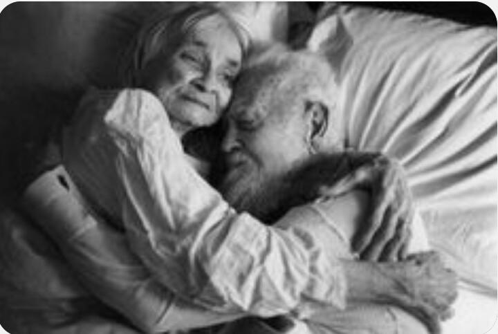 (so sehr sehne ich mich danach, im Alter eine solche Liebe zu geniessen - doch es wird ein unerfüllter Wunschtraum bleiben)
